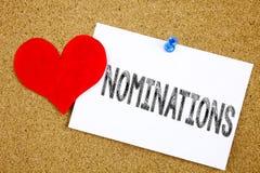 Die Begriffshandschrifttext-Titelinspiration, die Nominierungskonzept für Wahl zeigt, ernennen die Nominierung und Liebe, die an  Stockfotografie