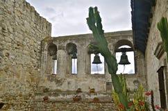 Die Bell von Capistrano Stockfotos