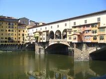 Die berühmte Brücke in Florenz Stockbilder