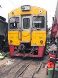 Die berühmten Bahnmärkte bei Maeklong, Thailand Stockfotografie