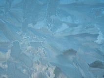 Die Beschaffenheit des gefrorenen Fensters Stockfotos