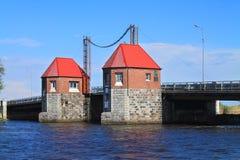 Die bewegliche Brücke Eagles durch Deym-` s Fluss wieder hergestellt mit Bewahrung des alten Mechanismus Stockfotografie