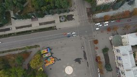 Die Bewegung der Stadt vom Himmel stock footage