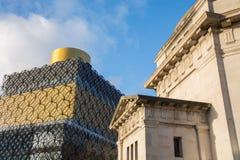 Die Bibliothek und das Kriegsdenkmal, Birmingham Stockbilder