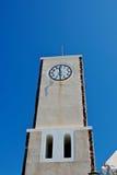 Die Borduhr auf dem Kontrollturm. Stockbild