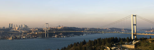Die Bosphorus Brücke. Istanbul Stockfotos