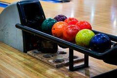 Die Bowlingkugeln stockfotografie