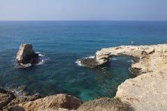 Die Brücke der Liebe in Agia Napa stockfotos