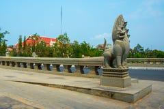 Die Brücke Phnom Penh, Kambodscha Lizenzfreie Stockbilder