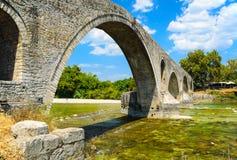 Die Brücke von Arta, Griechenland Stockbild