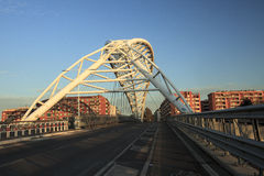 Die Brücke von Garbatella in Rom Stockbild
