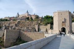 Die Brücke von Toledo in Spanien stockbilder