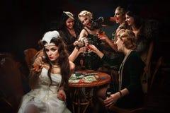 Die Braut und vier Brautjungfern Stockfotografie