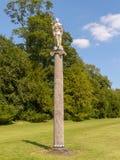 Die Britannia-Säule an West-Wycombe-Park stockbilder