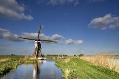 Die Broekmolen-Windmühle nahe Streefkerk Stockbild