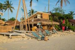 Die Bungalows sind auf Strand in Koh Lipe-Insel Lizenzfreies Stockfoto