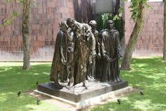 Die Burghers von Calais bronzieren Statue von Auguste Rodin in Norton Simon Museum lizenzfreies stockfoto