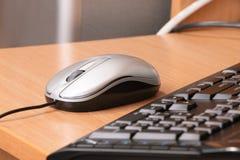 Die Computermaus und die Tastatur Stockfotografie