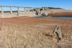 Die Dürre in Spanien lässt leer den Sumpf in Ricobayo in Zamora, Klimawandel, der global geschieht lizenzfreies stockfoto