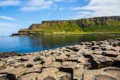Die Damm des Riesen in Nord-Irland lizenzfreies stockfoto