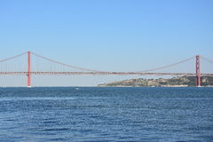 Die 25 de Abril Bridge in Lissabon, Portugal Stockfoto