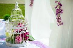 Die Dekoration des Heiratsbereichs Stockfotos