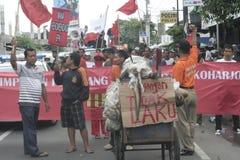 Die Demonstration traditionellen Markt-Händler Soekarno Sukoharjo Stockbilder