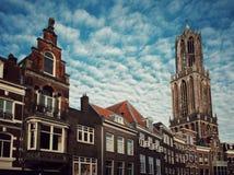 Die Dom ragen in Utrecht, die Niederlande hoch Stockbild
