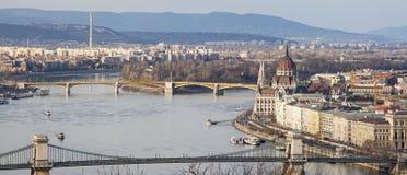 """Die Donau und das Parlament in Budapest-†""""am 23. Februar 2019 stockbilder"""