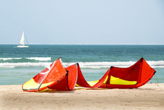 Die Drachen und das Segel Lizenzfreies Stockbild