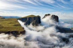Die Drachenberge-Amphitheatre in Südafrika stockfoto
