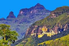 Die Drachenberge-Berge lizenzfreies stockbild