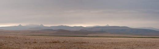 Die Drachenberge-Panorama Stockbilder