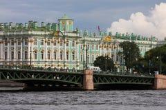 Die Einsiedlerei-und Palast-Brücke Stockbild