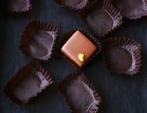 Die einzige restliche Schokoladenpraline Stockfotos