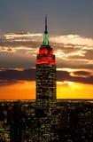 Die Empire State Building und das Manhattan Stockbilder