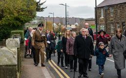 Die Erinnerungs-Parade auf Erinnerung Sonntag 2016 in Wrexham Wales lizenzfreie stockfotografie
