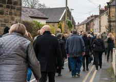 Die Erinnerungs-Parade auf Erinnerung Sonntag 2016 in Wrexham Wales stockbild
