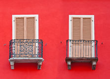Zwei Balkone lizenzfreie stockfotografie