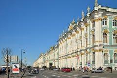 Die Evakuierung der militärischer Ausrüstung auf Palastkai nach dem en Lizenzfreie Stockbilder