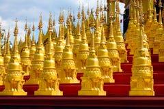 Die fünfhundert goldenen Pagoden Stockfotografie