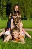Die Familie hat Spaß Stockfotografie