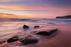 Die Farben des Sommers bei Bungan setzen Australien auf den Strand Stockfotografie