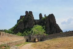 Die Felsen von Belogradchik in Bulgarien Stockbild
