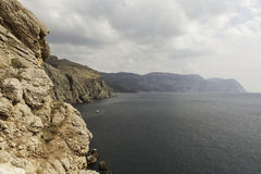 Die felsige Küste der Krim nahe Balaklava. Ukraine stockfotos