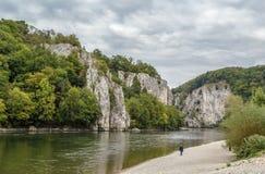 Die felsigen Ufer der Donaus, Deutschland Stockbild