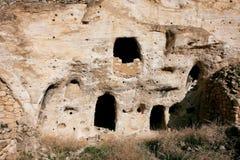 Die Fenster in der alten Höhle in der Türkei Lizenzfreie Stockfotografie