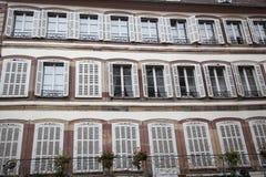 Die Fenster von Straßburg Lizenzfreie Stockfotos