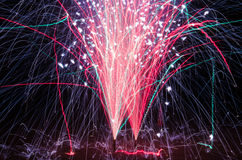 Die Feuerwerke Lizenzfreie Stockfotos