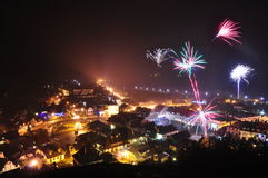Die Feuerwerke des neuen Jahres Stockbild